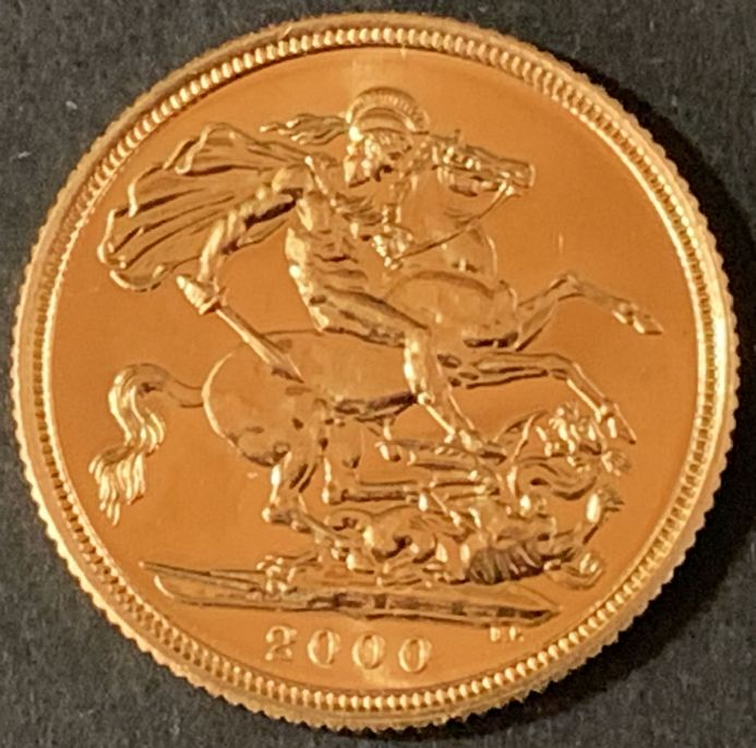 2000 Gold Sovereign